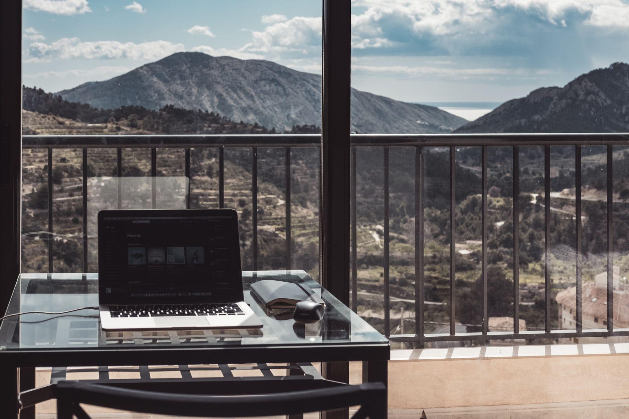 Remote Work (Credit: unsplash)